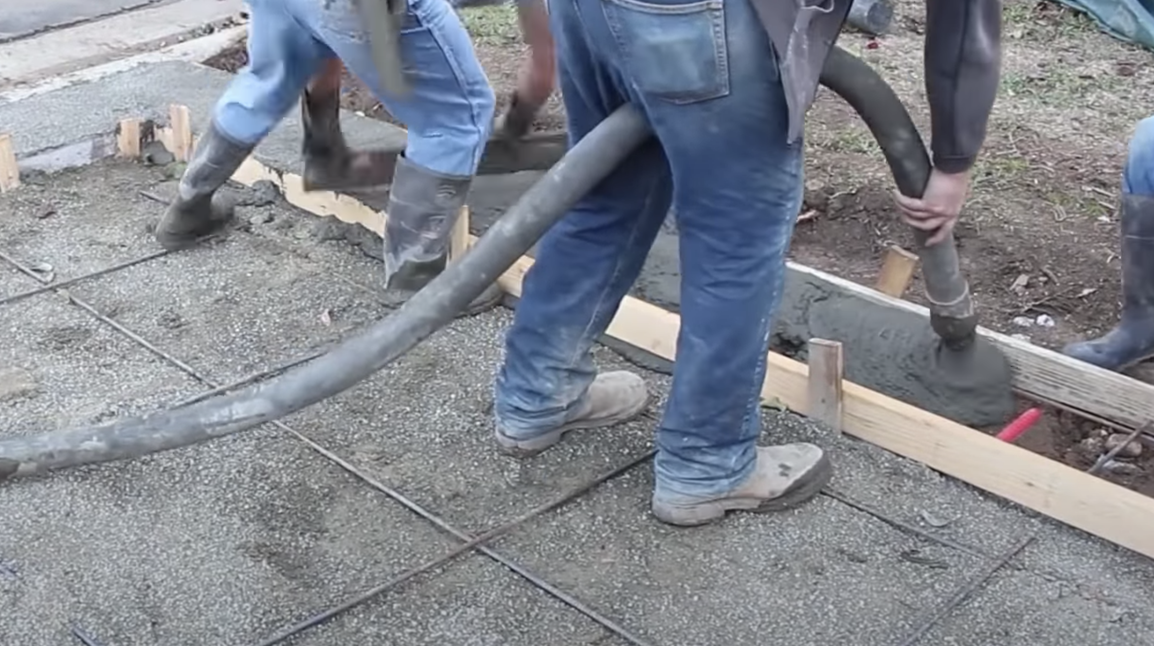 this image shows concrete pumping at work in fremont, california